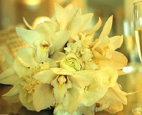 Yellow lily bridal bouquet