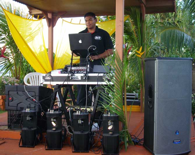 Jeff of Elite Productions with his sound equipment