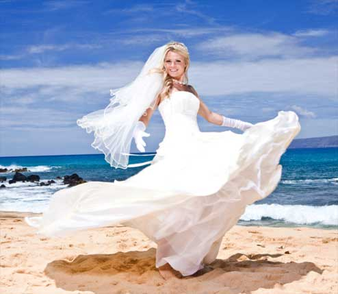 Bridal swirl on the beach