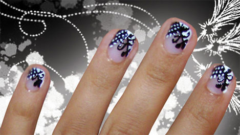 Black & White nail art by Isa Inca
