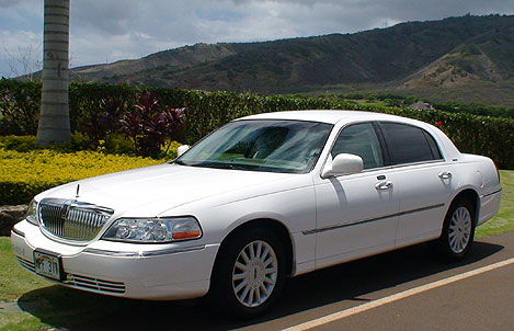 Lincoln Town Car from Arthur's Limousine Service