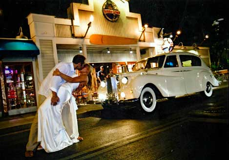 Bubba Gumps wedding with white Bentley